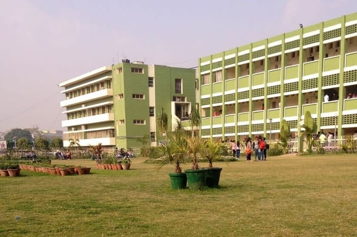 The-Best-Courses-in-DAV-College-Chandigarh
